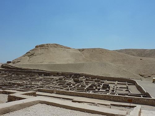 エジプト・ルクソールのデール・イル・マディーナ