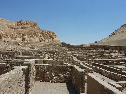 エジプト・ルクソール(ナイル川西岸)のデール・イル・マディーナ