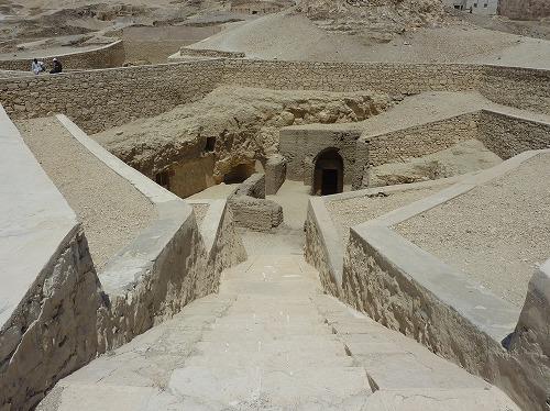 エジプト・ルクソール(ナイル川西岸)の王妃の谷