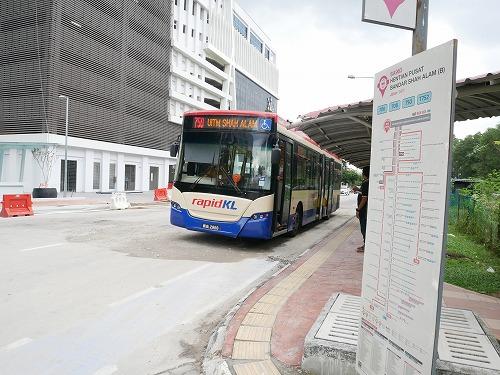 マレーシアのクアラルンプールとシャー・アラムを結ぶ基幹バス