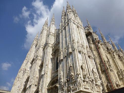 イタリア・ミラノのドゥオモ(大聖堂)の外観