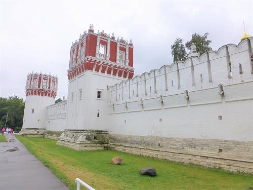 ロシア・モスクワにあるノヴォデヴィチ女子修道院の城壁