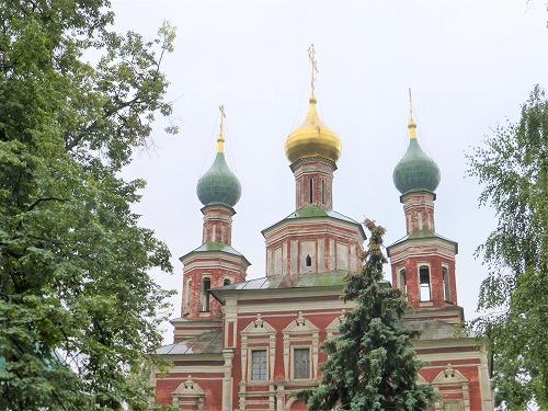 ロシア・モスクワにあるノヴォデヴィチ女子修道院のポクロフスカヤ教会