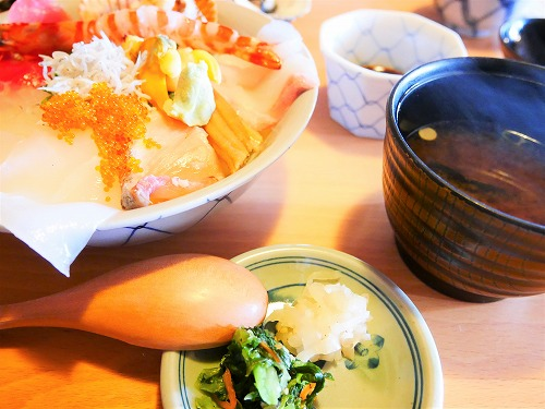 おかげ横丁の海老丸で食べた海鮮丼