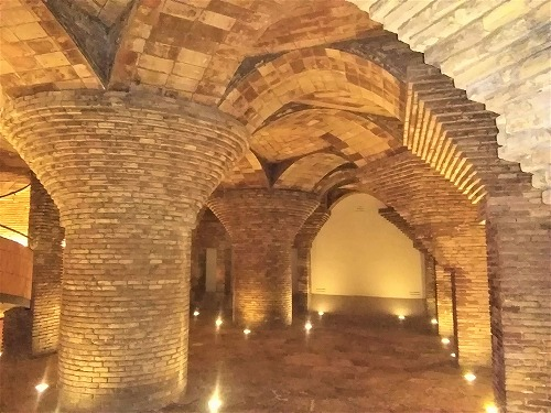 スペイン・バルセロナにあるグエル邸の馬小屋