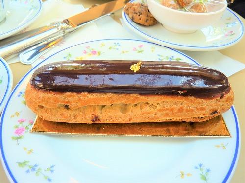 フランス・パリの老舗カフェCarette(カレット)本店で食べたモンブラン