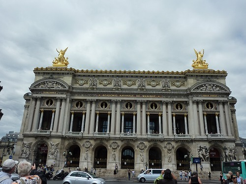 フランス・パリのオペラ座(ガルニエ宮)の外観