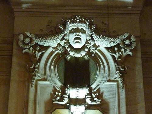 フランス・パリのオペラ座(ガルニエ宮)の彫刻