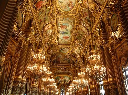 フランス・パリのオペラ座(ガルニエ宮)のグラン・ホワイエ