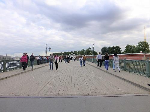 ロシア・サンクトペテルブルクのペトロパヴロフスク要塞への橋