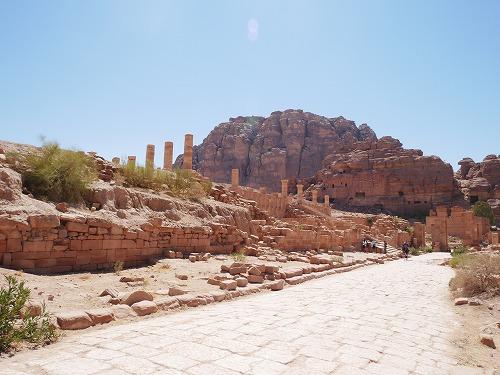 ペトラ遺跡(ヨルダン)の柱廊通り