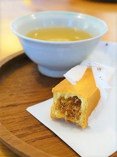 台湾伝統の菓子「パイナップルケーキ」