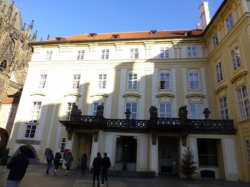 チェコ・プラハのプラハ城内にある旧王宮