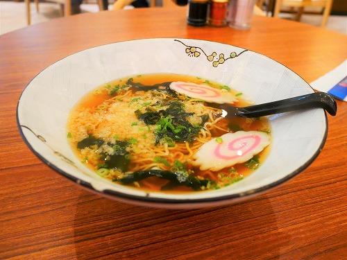 """マレーシア・クアラルンプールの和食料理店「Umai-ya」で食べた""""かけラーメン"""""""