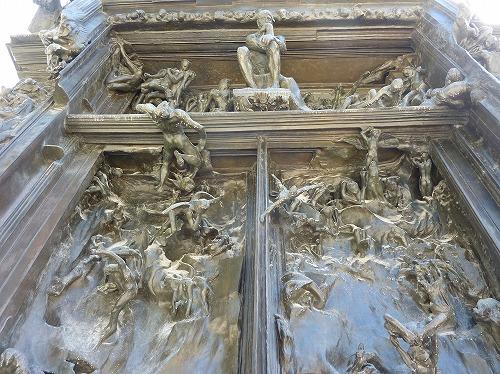 フランス・パリのロダン美術館に展示されている「地獄の門」