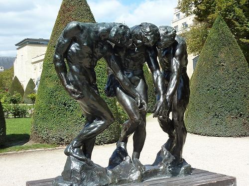 フランス・パリのロダン美術館に展示されている「3人の影」