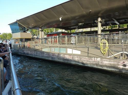 フランス・パリのセーヌ川クルーズのクルーズ船乗り場(バトー・パリジャン)