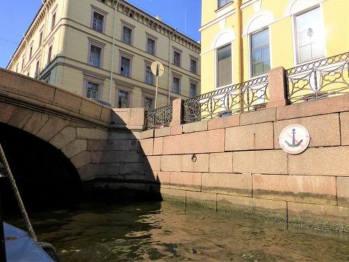 ロシア・サンクトペテルブルクのネヴァ川クルーズ(運河)