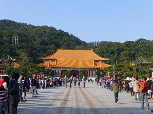 台湾・台北の忠烈祠の衛兵交代式