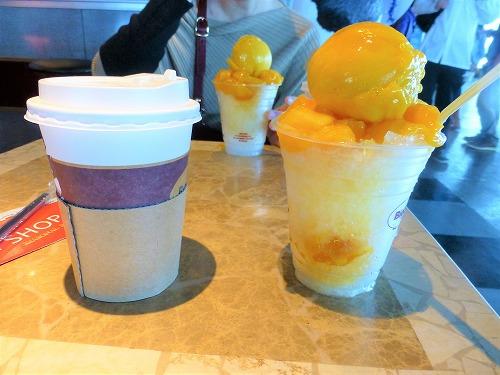 台湾の台北101の展望台のカフェで食べたマンゴーかき氷