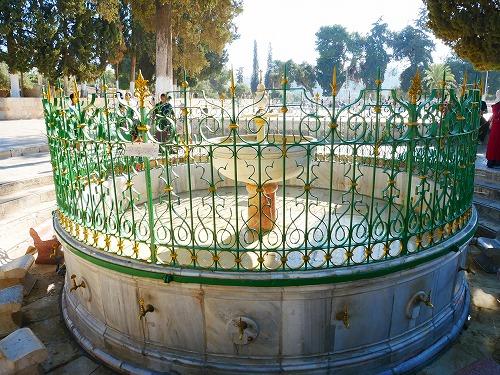 エルサレム(イスラエル)の神殿の丘にある水場(アル・カース・ファウンテン)