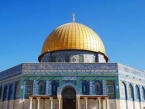 エルサレム(イスラエル)の神殿の丘に建つ岩のドーム