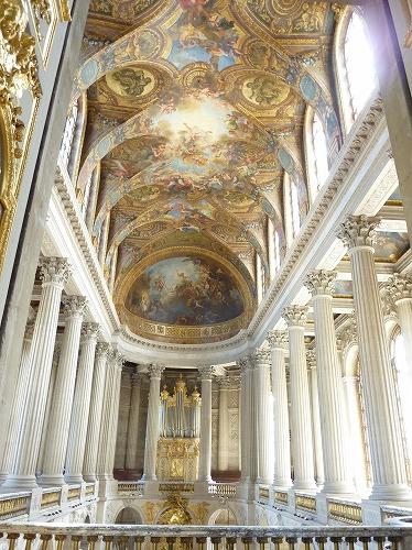 フランス・ベルサイユ宮殿の王室礼拝堂