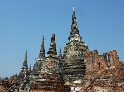 タイ・アユタヤ遺跡のワット・プラ・スィー・サンペットの仏塔