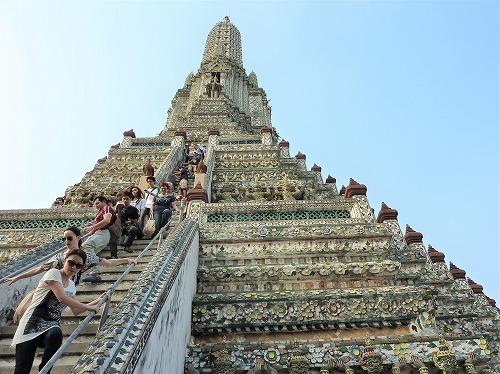 タイ・バンコクのワットアルンの大仏塔