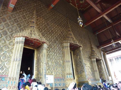タイ・バンコクのワットプラケオの本堂