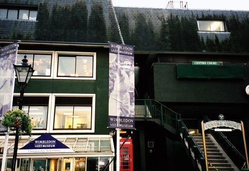 イギリスのウィンブルドン・ローン・テニス博物館入口