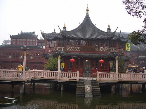 中国・上海の豫園にある湖心亭