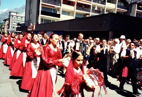 スイスのツェルマットで行われている祭り